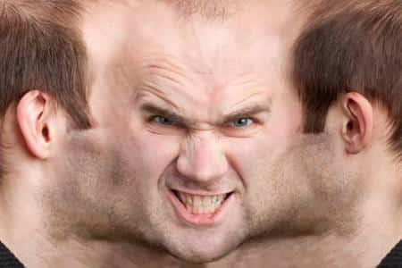Как вовремя распознать и успешно бороться с мужской шизофренией