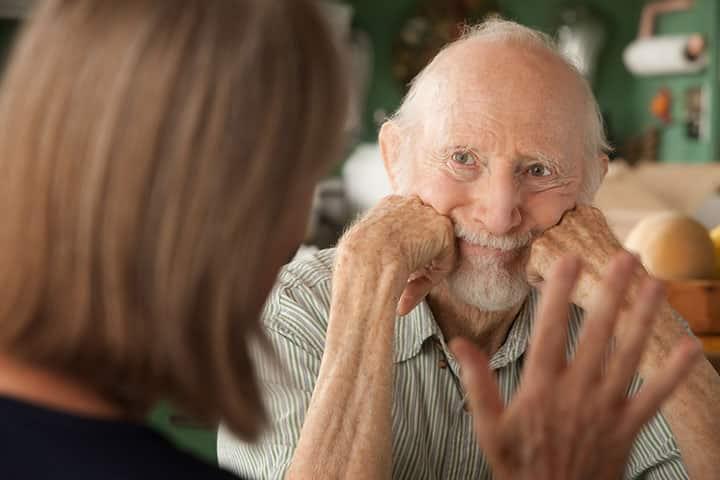 Приобретенное слабоумие (деменция): симптомы и лечение